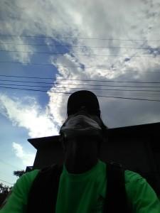 ポスティング中に雲が出てきた